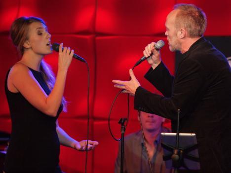 Daisy Stef duet