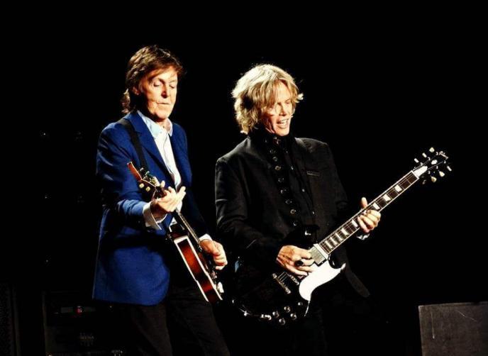 Paul McCartney's Brian Ray over zijn bas- en gitaarspullen