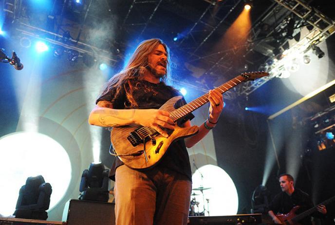 Ibanez gitaardemo met Paul Waggoner