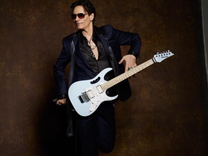 Gitaarfeest rondom uitreiking Sena European Guitar Award aan Steve Vai