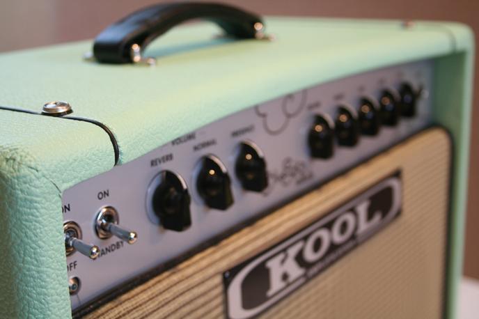 Kool Amplification Blue Sky Reverb Mini combo's