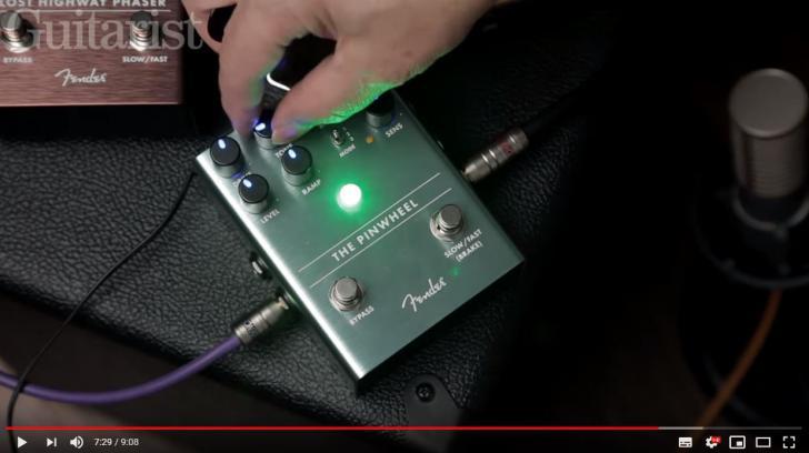 Video bij de Fender effectpedaaltest in Gitarist 344