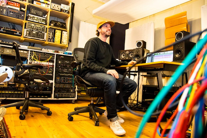 De studio en muzikale visie van Simon Akkermans