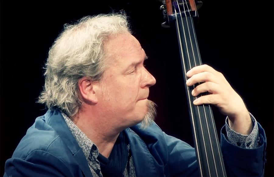 Bassist, docent en Gitarist-auteur Henk de Ligt overleden