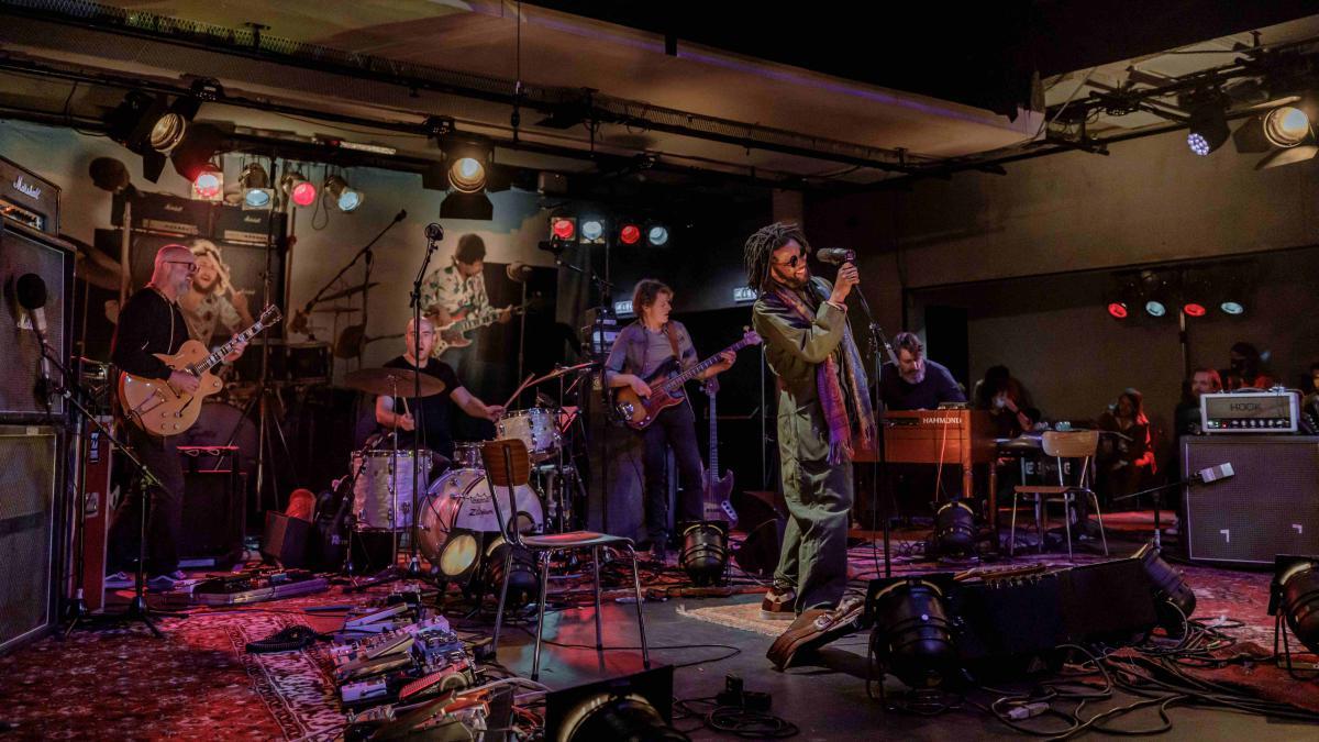 Kijk nu de concertdocumentaire van de Awardshow rondom de postuum uitreiking SEGA Award aan Jimi Hendrix