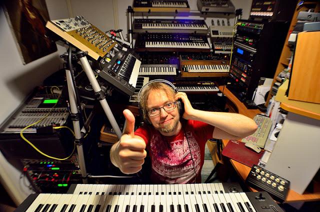 Kebu's Roland synths