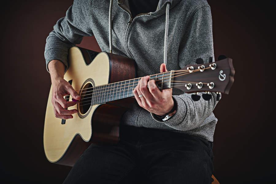 Het akoestische nummer: speel als de meesters