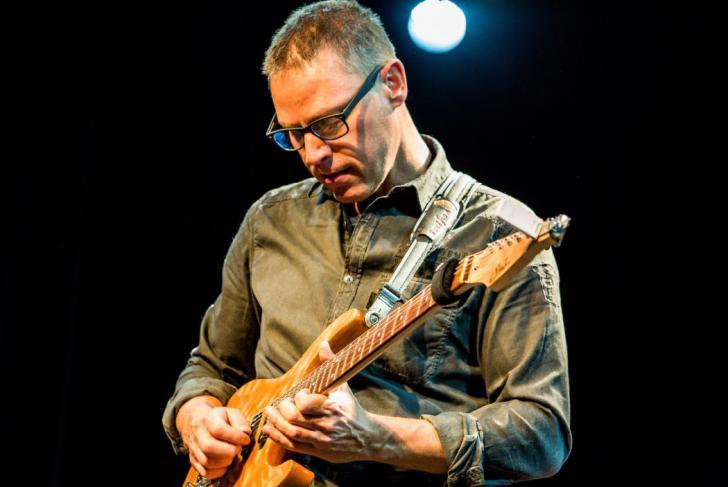 Richard Hallebeek - Jazz/fusiongitarist van het jaar Benelux - Gitarist Poll Awards 2021