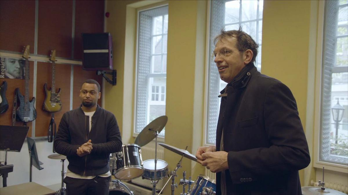 Yoràn Vroom documentaire op Music Meeting All Ears online muziekkanaal
