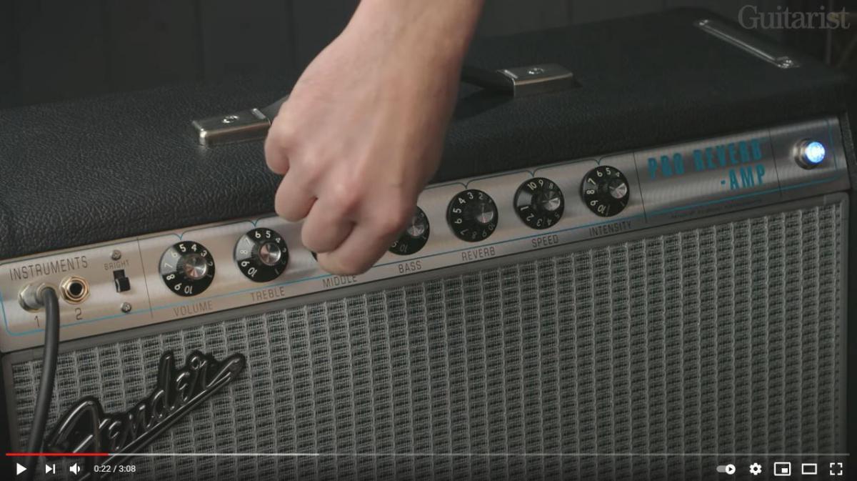 Video bij de Fender test in Gitarist 364