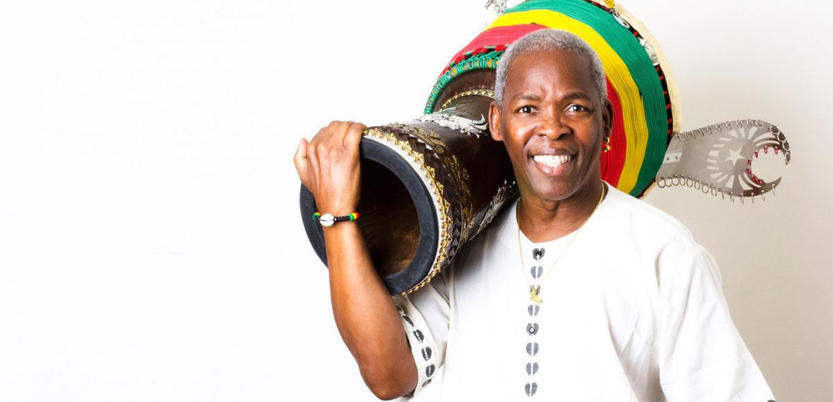 In memoriam Mamady Keïta, een van 's werelds beste djembéspelers