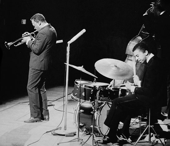 Bij de 30e sterfdag van Miles Davis - De drummers van Miles Davis 1947-1991