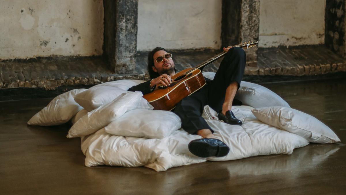 Jett Rebel: 'Wat ik vooral doe is platen maken'