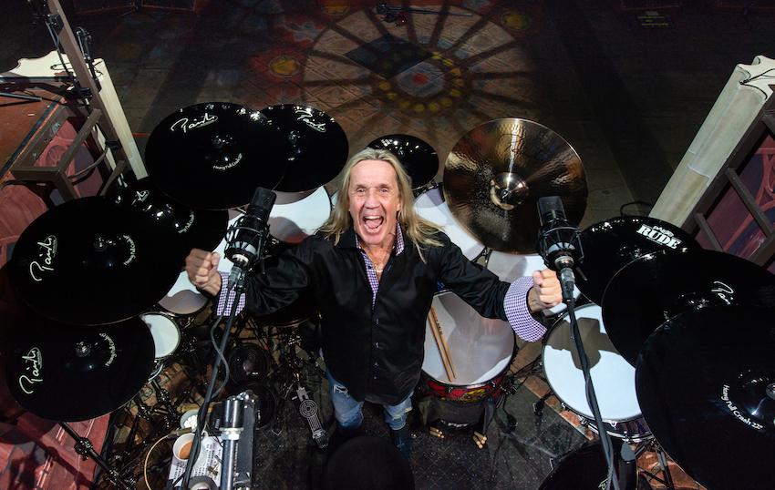 Nicko McBrain trots op Iron Maiden's Senjutsu